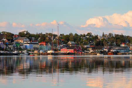 View of the famous harbor front of Lunenburg, Nova Scotia, one of the Maritime Provinces , Canada Archivio Fotografico