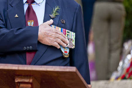 anzac day, veteran during the minute of silence