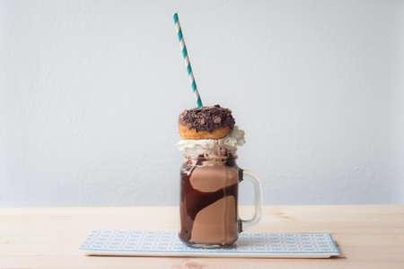 milkshake: crazy food trend, freakshake