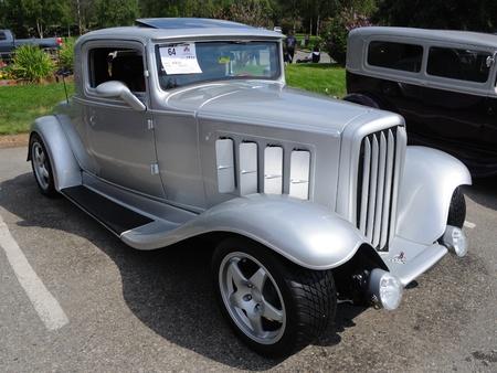 coupe: Fairbanks, Alaska, June 19,2010: Midnight Sun Cruise-In Auto Show,1932 Nash Coupe Editorial