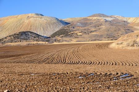 農業や鉱山埋め立て