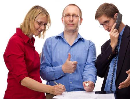 Les gens signature d'un accord