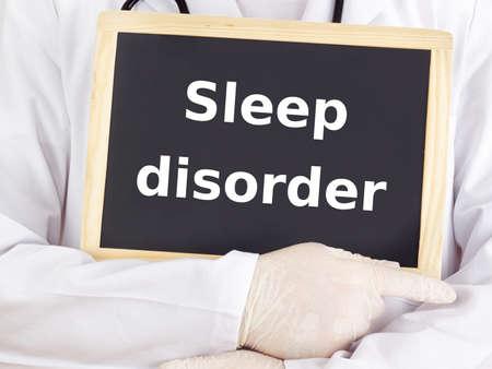 Doktor zeigt Informationen: Schlafstörungen