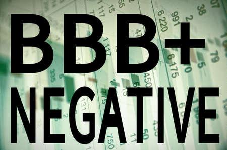 """apalancamiento: La inscripci�n """"negativo BBB"""" en una pantalla de PC."""
