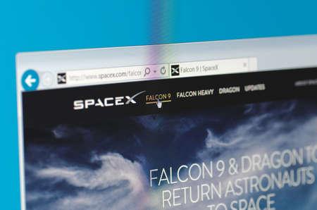 Saransk, Rusland - 17 mei 2016: Een computer scherm toont details van SpaceX hoofdpagina op haar website