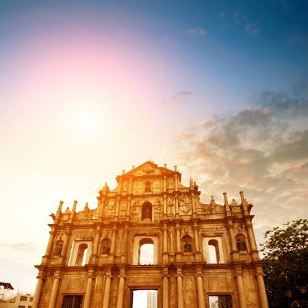 macau: Dusk Macau Ruins, the ruins of the ancient church.