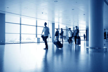 haste: Airline passengers at the airport