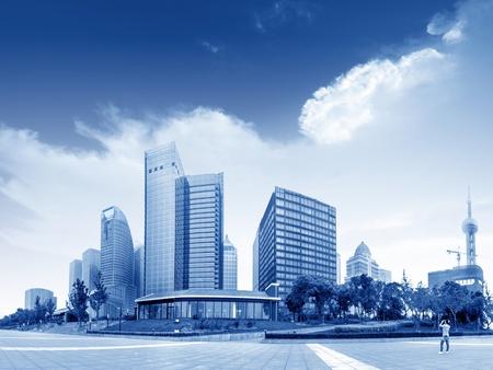das moderne Gebäude des Lujiazui Finanzzentrum in Shanghai, China Standard-Bild
