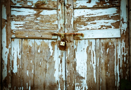 Old wooden doors and Corroded Stock Photo - 20908059