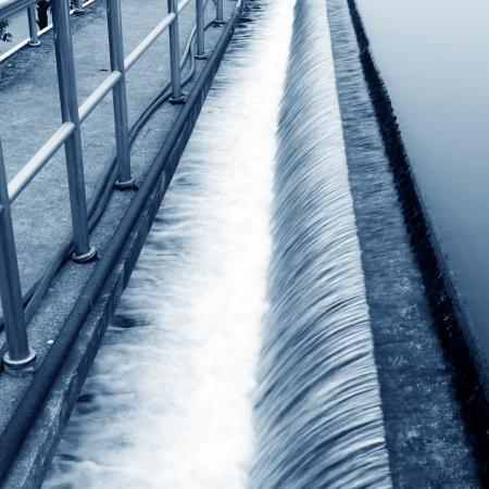 filtraci�n: Planta de tratamiento de aguas residuales urbanas Modern
