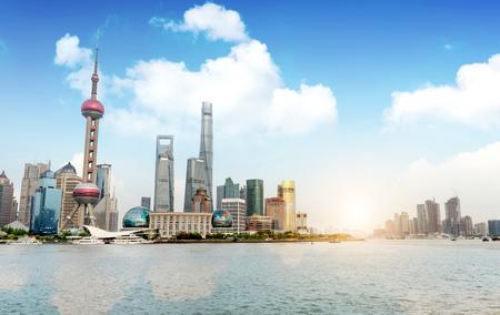 近代的な街並み、上海、中国