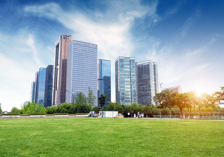 항주 (杭州), 절강, 중국, 대중의 레저 및 고층 건물.