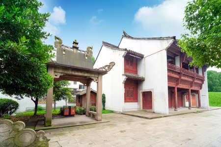 Antique traditional building, Shaoxing, Zhejiang, China. Redactioneel