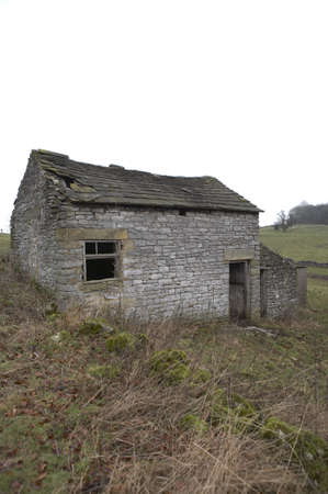 disuse: Deserted farmhouse, Youlgreave, Peak District National Park, Derbyshire, England, UK, taken in January 2006 Stock Photo