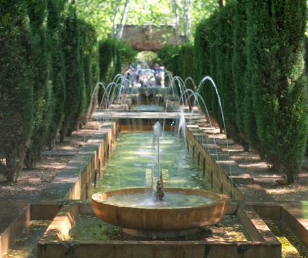 palacio: Fountain in the gardens of Hort del Rei at the Cathedral of Palma de Majorca, Spain   Balearic Islands