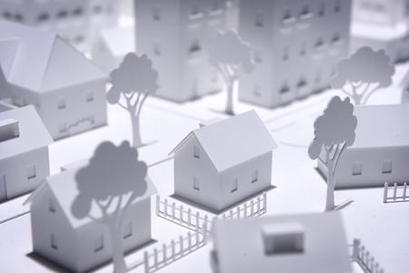 プラスチック製の白いモデル住宅
