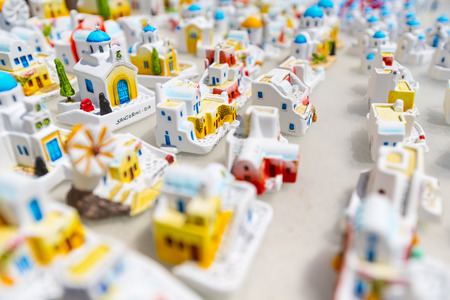 modell: Little Modell Houses In A Greek Gift Shop In Santorini, Greece Stock Photo