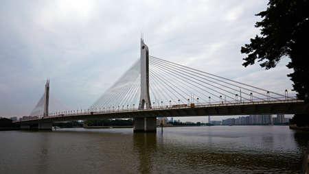 80 s: Guang Zhou haiyin bridge