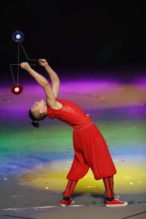 Yo yo acrobatics