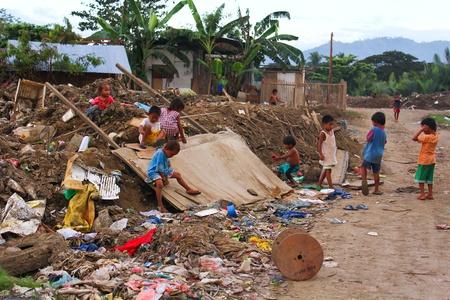 arme kinder: Armut in Asien