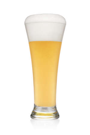 Pint of light wheat beer isolated on a white background with clipping; path. Stockfoto