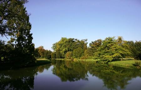 Lake in park, caste in Lednice Stock Photo - 7033682