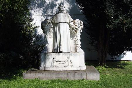 Skulptur von Josef Gregor Mendel in Brünn