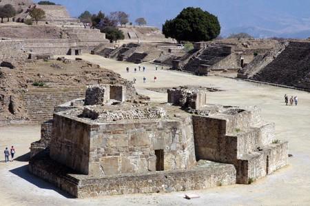 Antike Ruinen auf dem Monte Alban in Mexiko Lizenzfreie Bilder