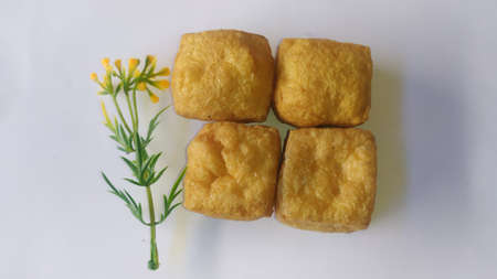 Crispy fried tofu with a coat of salt.