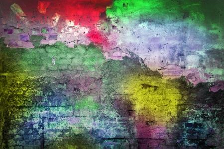 case colorate: vecchio muro dipinto