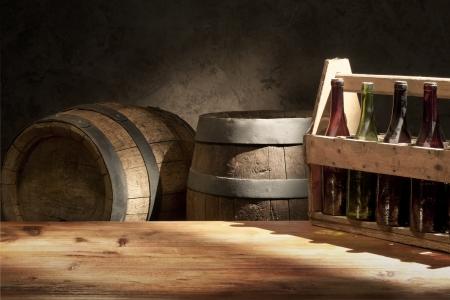 오래된 맥주 통 꼭지 맥주 아직도 인생 테이블