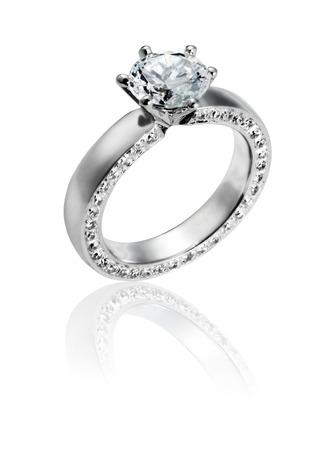 다이아몬드와 보석 아름다운 반지