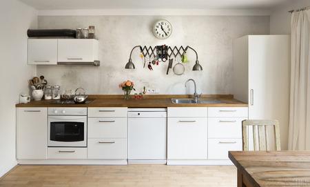 cocinas industriales: Nueva cocina en estilo industrial de la vieja escuela Foto de archivo