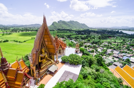 sua: A bueatyful top view of wat thum sua  Tiger Cave Temple , karnchanaburi, thailand Stock Photo
