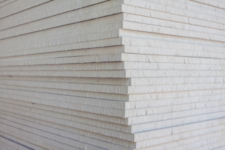 tablaroca: La pila de placas de yeso para la preparaci�n de la construcci�n