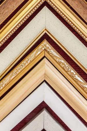 Hanging sample frame corner for showing customer in frame shop