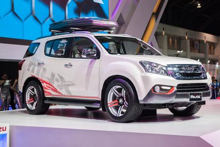 showed: NONTABURI, THAILAND - 2 DEC : Isuzu Mu-X ondisplay, showed in 31th Thailand International Motor Expo on 2 December 2014