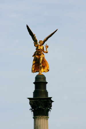 vue: The Angel of Peace is a monument in Munich\\