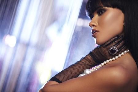 hair blacks: Beautiful woman. Fashion art photo. Close-up makeup