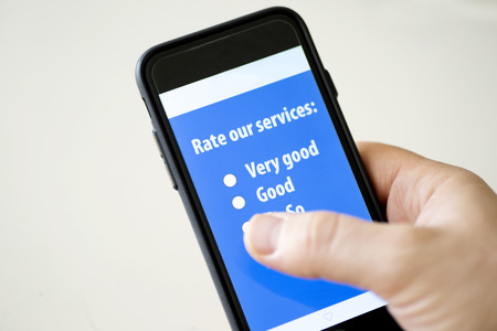 携帯電話のオンライン調査