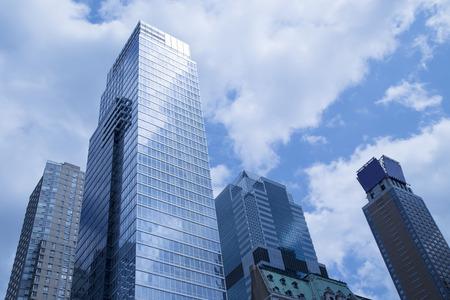 近代建築都市景観の低角度のビュー 写真素材