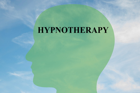 頭のシルエットは、曇り空の背景としての催眠療法タイトルのイラストを表示します。