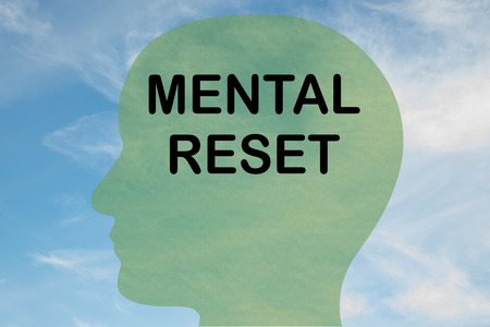 Render illustration of MENTAL RESET title on head silhouette, with cloudy sky as a background. Banque d'images - 122460584