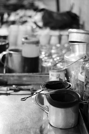 teh: teh tarik maker