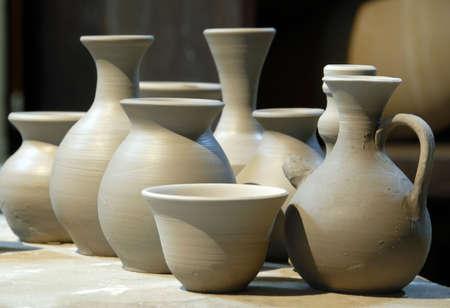 stoneware: Clay Pottery