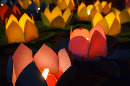 lotus lantern: Candle lotus lanterns