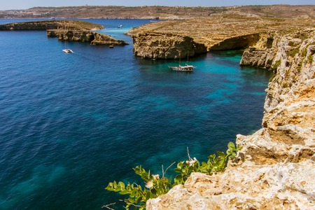 blue lagoon: View over to the Blue Lagoon on Comino Archivio Fotografico