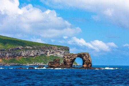 The famous Darwin's Arch in Galapagos in Ecuador 免版税图像