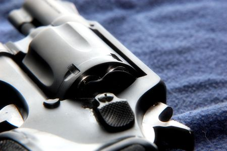 marksmanship: revolver macro