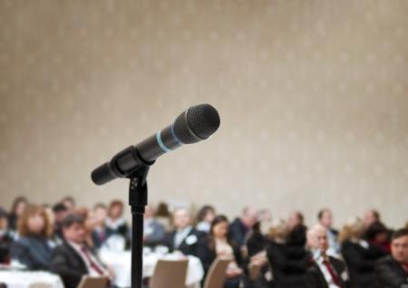 speaker: Rueda de negocios de interior para los directivos.
